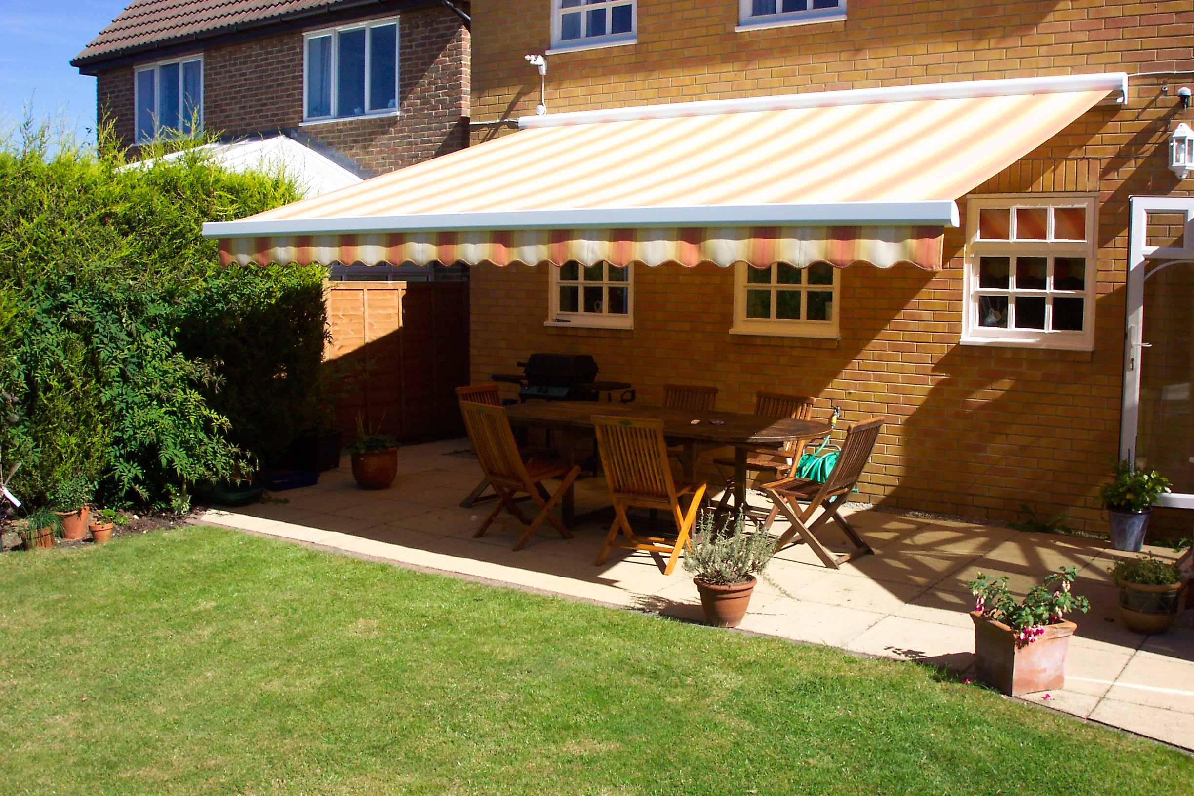 Will Garden Awnings Work with Your Decor Scheme?
