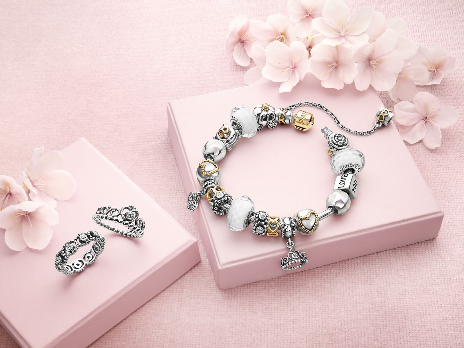 Best Jewellery Tips For Office Goers- Make Your Look More Adorable