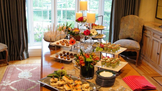 Why Catering Is The Way To Go While Planning An Event