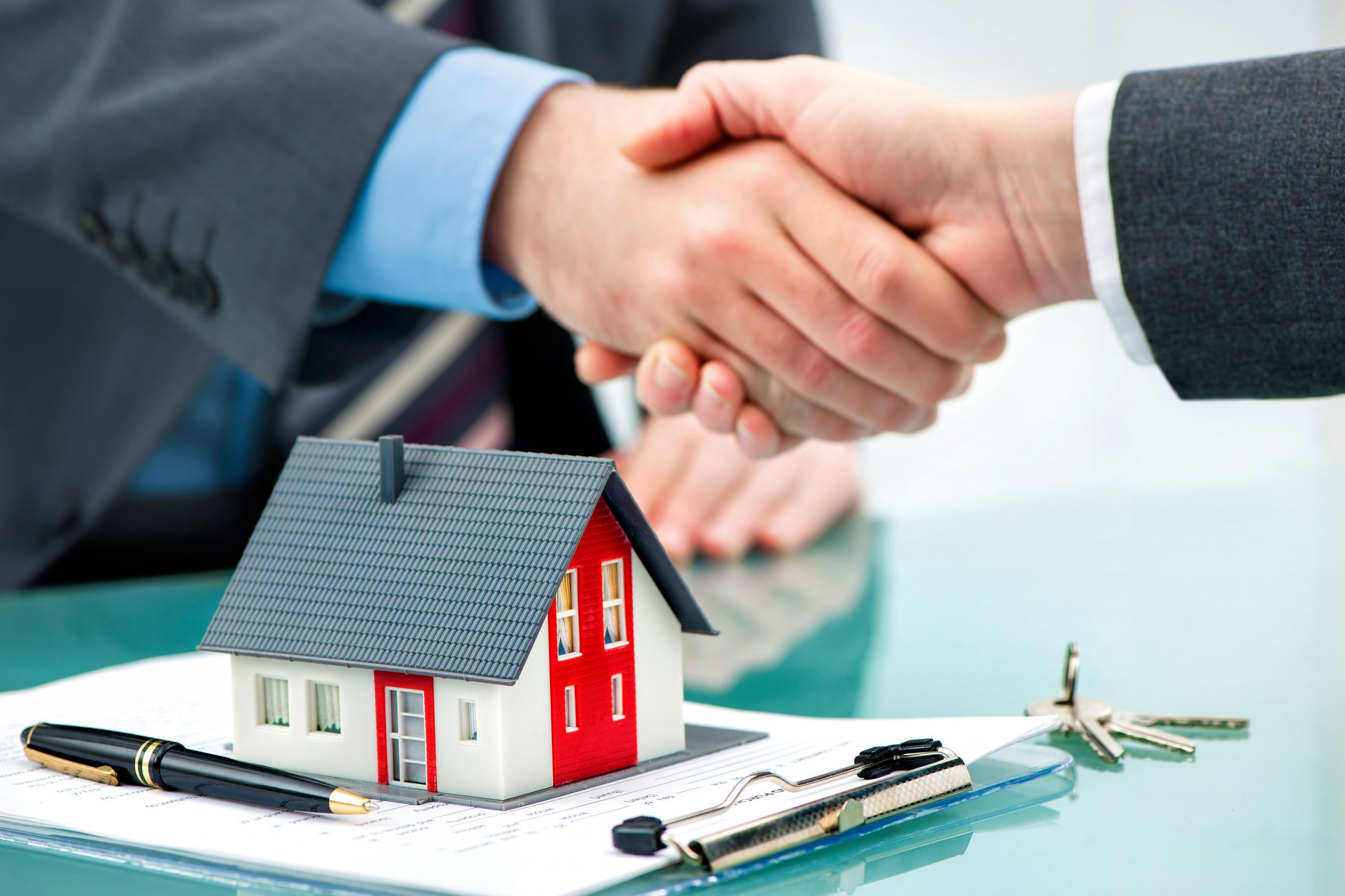 Why Conveyancing Solicitors Are Being Hired?