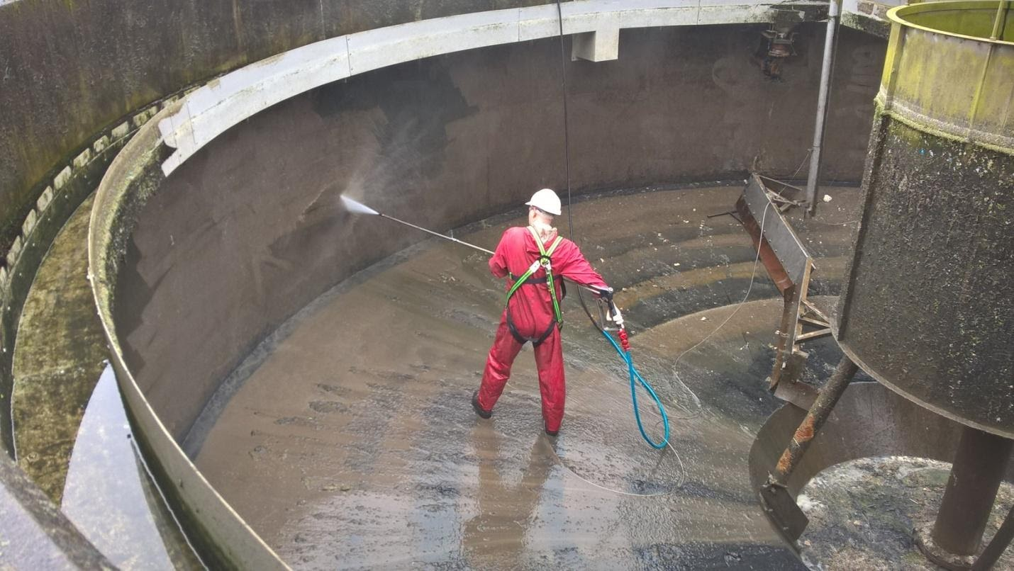About Tank Cleaning In Industrial Factories